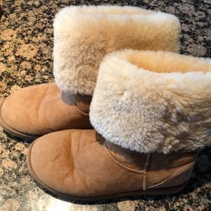 UGG Classic Tall chestnut boots #5815 US Size 9M